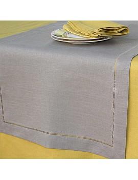 Chemin de table en lin gris taupe jour échelle