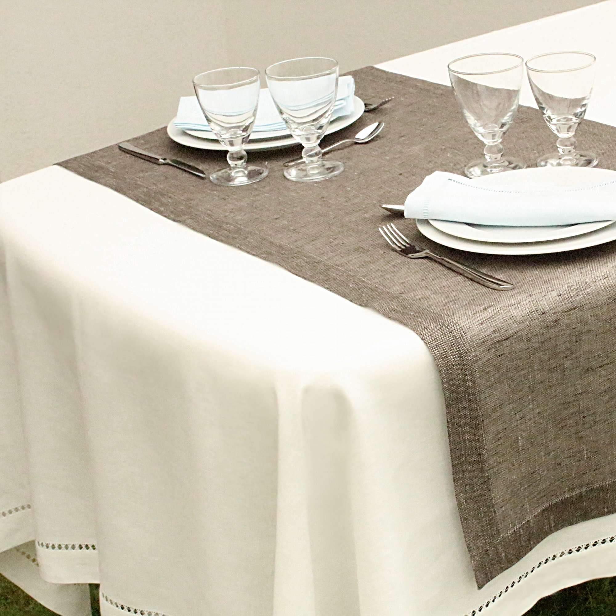 nappe lin. Black Bedroom Furniture Sets. Home Design Ideas